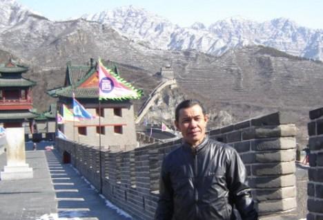 Menjelajahi tembok raksasa atau great wall