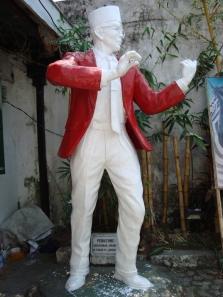 Patung WR Soepratman