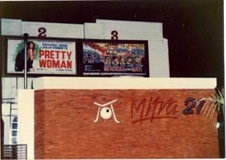 Bioskop Mitra 21 di Balai Pemuda Jalan Gubernur Suryo 15