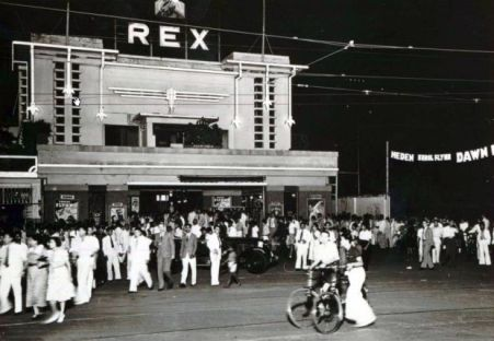 Bioskop REX di Jl Kombes M Duriat