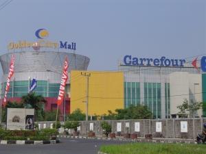 Golden City Mall di kawasan Surabaya Barat