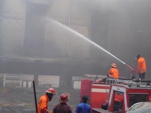 Pasar Turi saat terbakar tahun 2007