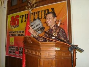 Yousri Nur Raja Agam  MH