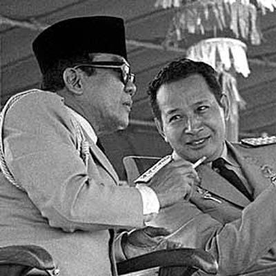 Sukarno bersama Soeharto