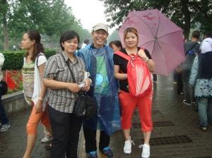 Bersama tour leader di Tiananmen