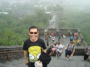 Mendaki tembok panjang China