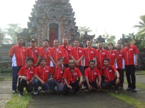 Para Redaktur, wartawan dan pengasuh Koran DOR saat berada di Gianyar Bali
