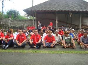 Bersama warga Desa Subak  di Kabupaten Gianyar, Bali