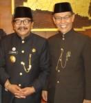 Gubernur Jatim Dr.H.Soekarwo dengan HM Yousri Nur Raja Agam